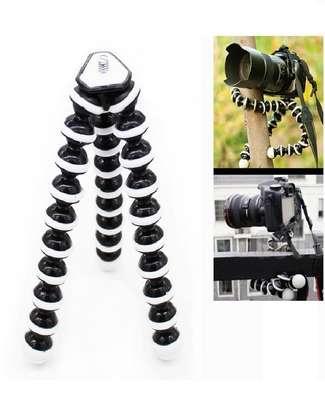 Gorilla Tripod For Mobile image 1