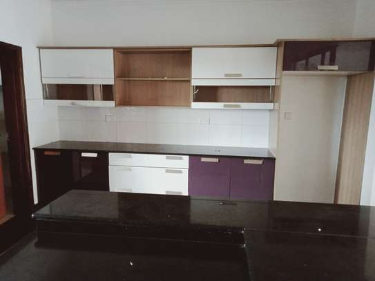 4 bedroom apartment for rent in Brookside image 6