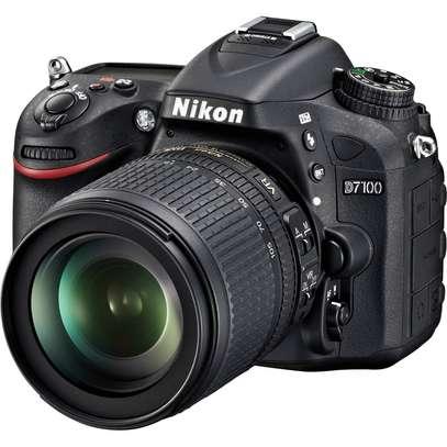 Nikon D7000 image 3