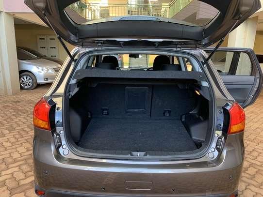Mitsubishi RVR 2.0 image 12