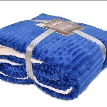 Sherpa fleece blanket image 2