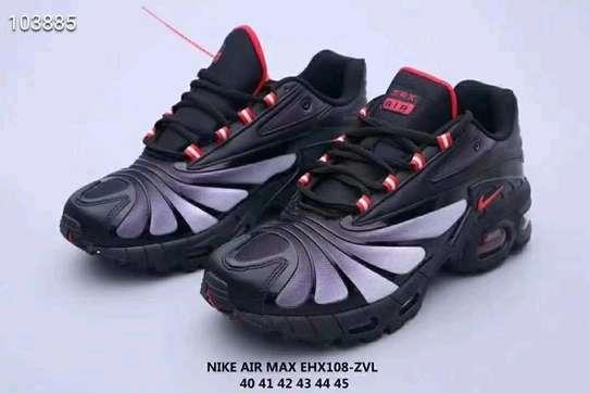 mens shoes image 3