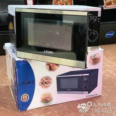 Lyons Microwave Oven 20L. image 1