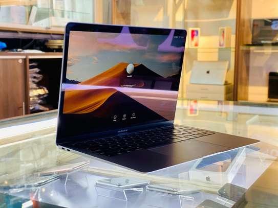 Macbook Air 2019 i5/8gb/256gb image 1