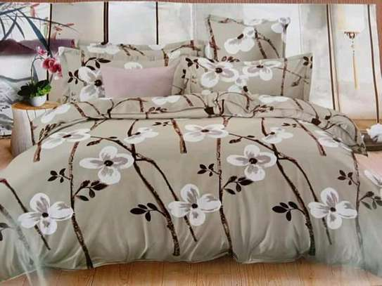Cotton duvet with matching bedsheet and pillow cases image 2
