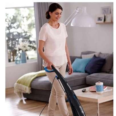 Philips AquaTrion Pro Vacuum Cleaner FC7088 image 6
