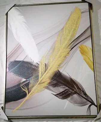 Decorative feathers image 1