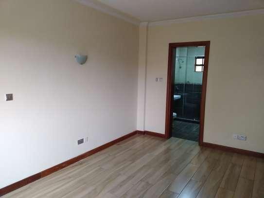 2 bedroom apartment for rent in Rhapta Road image 9