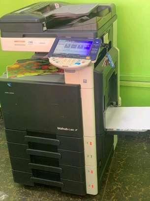 Konica Minolta bizhub c360 photocopier machine image 1