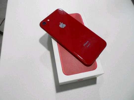 Apple Iphone xr red 256 Gigabytes image 1