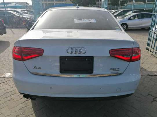 Audi A4 image 2
