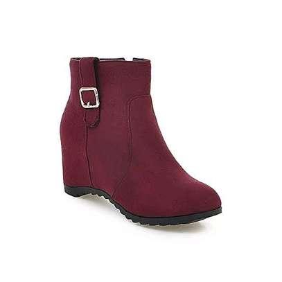 Classy ladies boots image 6