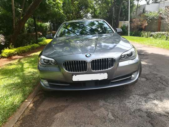 BMW 535i Automatic image 1
