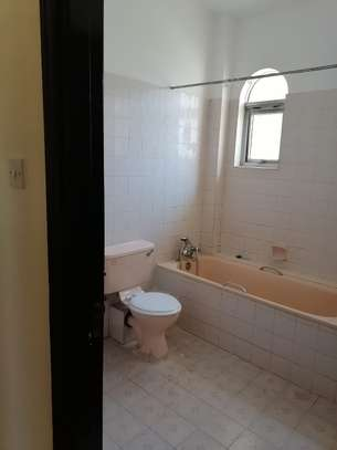 5 bedroom townhouse for rent in Waiyaki Way image 12