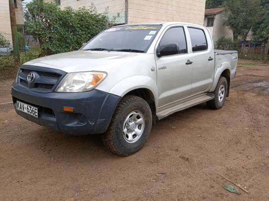 Hilux Double Cab Local