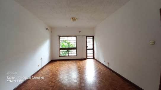 commercial property for rent in Parklands image 15