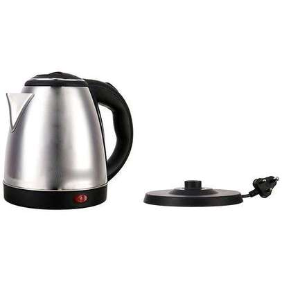 Cordless Lyons Stainless Steel Electric Kettle - 1.8L image 3
