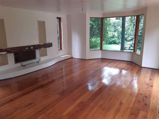 Furnished 6 bedroom house for rent in Karen image 19