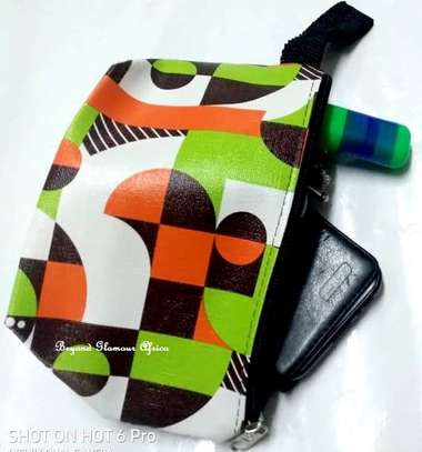 Womens multicolor coin makeup accessories Purse image 1