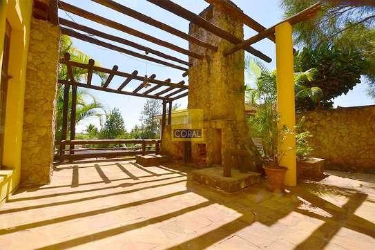5 bedroom house for rent in Runda image 14