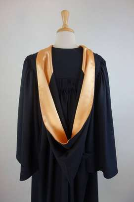 Graduation Gowns for hire & sell image 1
