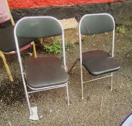 Used Foldable chairs 2.0 utc image 1