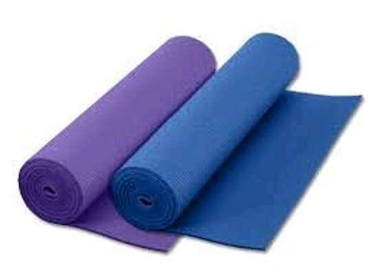 Distinct yoga mats image 1