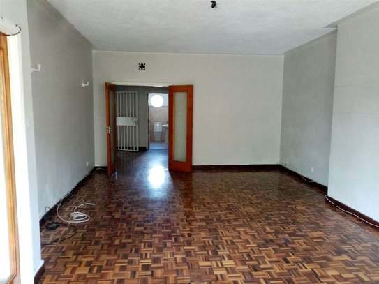 State House - Flat & Apartment image 1