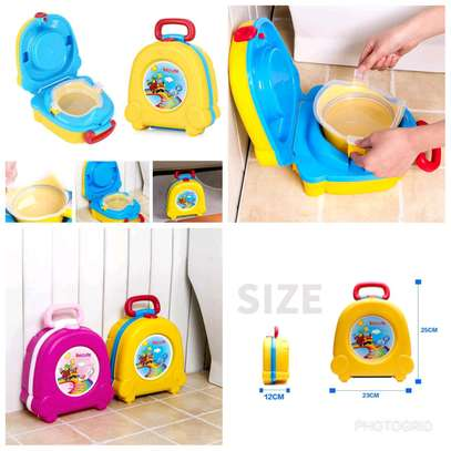 Portable potty image 1