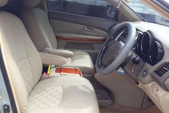 Lexus RX 300 image 8