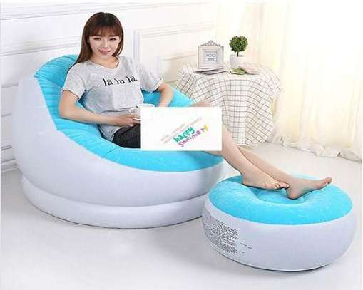 Inflatable seat image 4
