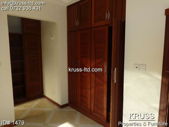 3br newly built apartment for rent in Nyali ID1479 image 6