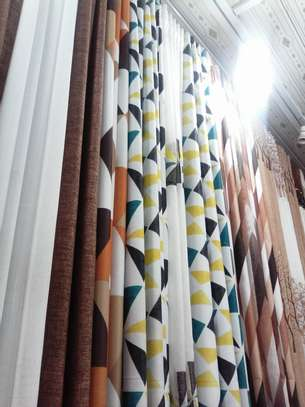 Curtains and curtain rods image 2