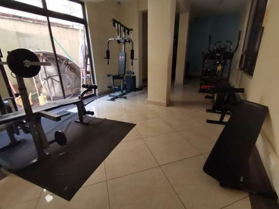 TASTEFULLY DESIGNED 3 BEDROOMED APARTMENT ALL ENSUITE WITH DSQ image 6