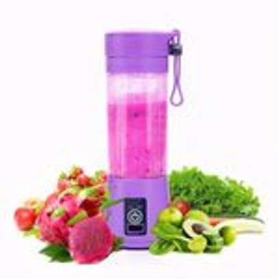 Rechargeable Portable Juicer Fruit Vegetable Juice Mixer image 2