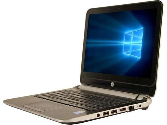 Hp Notebook 210 core i3 1.7ghz/320gb/4gb/Touchscreen