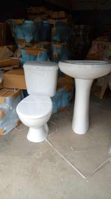 Close couple toilet & sink set image 1