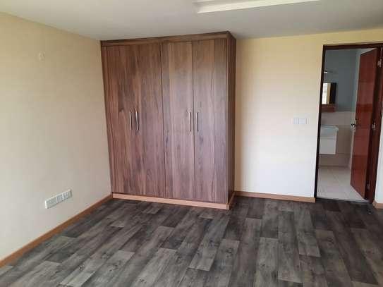 4 bedroom townhouse for rent in Kitisuru image 14