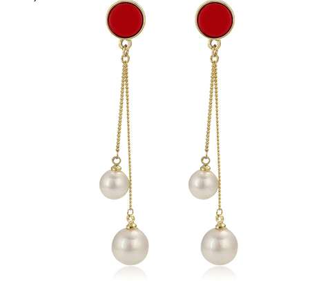 Fashion Pearl Earrings(Imported Quality) image 1