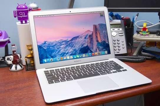 Classy MacBook Air 2016 image 1