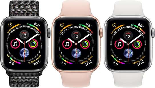 Apple watch series 4 44mm image 1