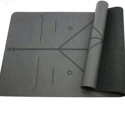 Thick Quality Yoga Mat image 3