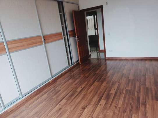 4 bedroom apartment for rent in Parklands image 19