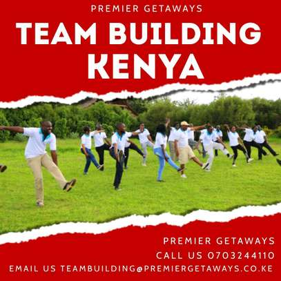 Outdoor Team Building image 4