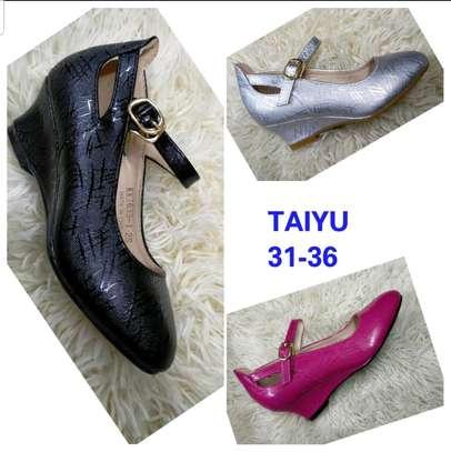 Comfortable taiyu wedge shoe image 2