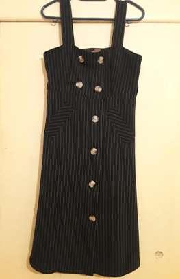 women's clothing image 5