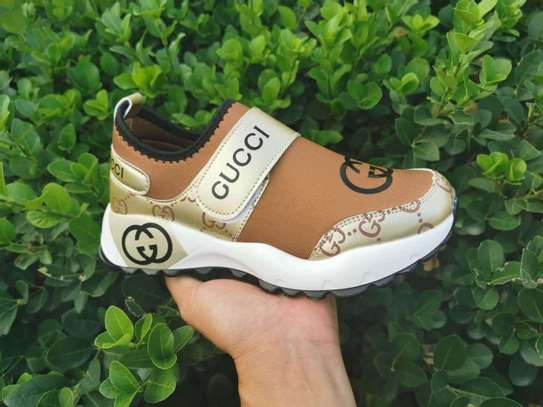 Gucci sneakers image 2