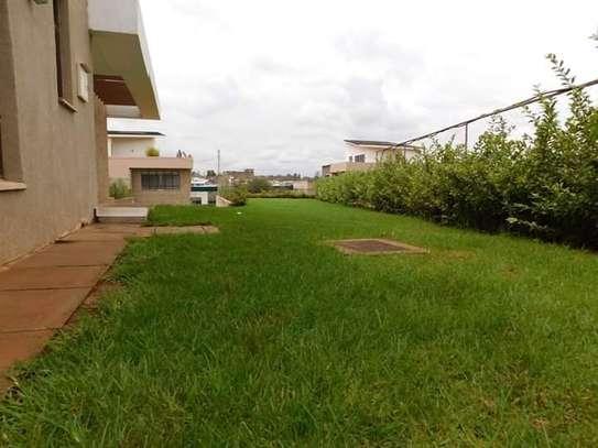 4 bedroom townhouse for rent in Runda image 15