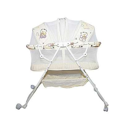 Generic Metal Baby Crib/Baby Bed/Bassinet with a Zipper-cream