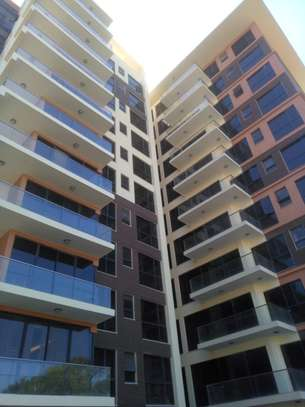 3 bedroom apartment for rent in Parklands image 1